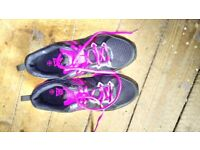 Size 6 ladies trainers, never worn.
