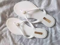 Aldo sandals size 3