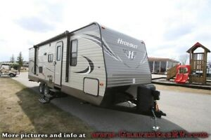 PRICE REDUCED - 2018 Keystone Hideout 26LHS