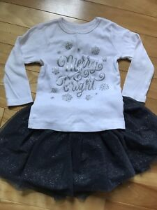 Girls Christmas outfit size 6-12 months