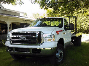2001 Ford F-550 TURBO DIESEL WITH 14FT FLATDECK