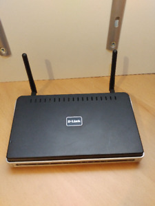 2 WiFi Routers + Power Supply (Netgear & Dlink)