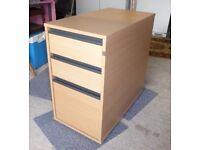 Pedestal drawer unit
