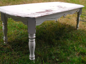 Coffee Table Face lift needed for lady with Great potential