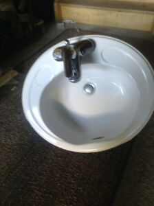 Bathroom Sinks Kijiji bathroom sink | great deals on home renovation materials in ottawa