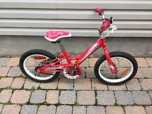 Velo Pour enfants/.   Bike for kids