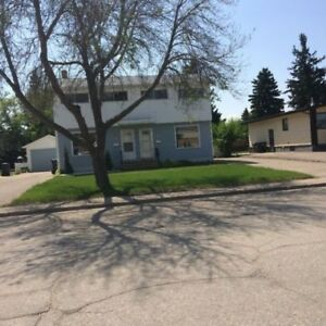 APARTMENT FOR RENT YORKTON, SK NEWLY RENOVATED 3 BEDROOM DUPLEX