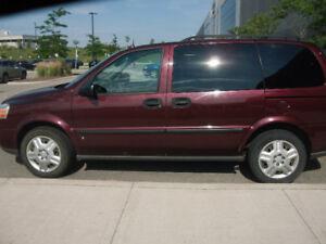 2006 Chevrolet Uplander LS Minivan, Van