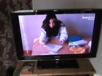 SAMSUNG UE40B7020WWXXU led tv used tested,good condition and working order,can be seen working