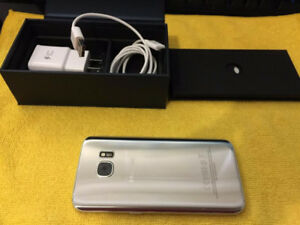 $450 OBO *UNLOCKED SAMSUNG GALAXY S7 + SLIM CASE INCLUDED