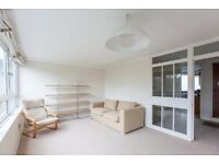 BRIGHT 2 BED FLAT W/ PRIVATE BALCONY + PRIVATE GARDEN 2 MINUTES TO KILBURN STATION
