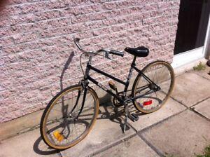 Vélo de ville route vintage junior raleigh