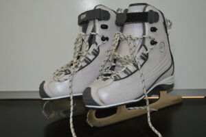 CCM Girls Figure Skates