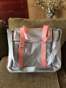 Sac à couches / Diaper Bag - Skip Hop Platinum-Pink  New