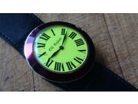 VINTAGE ORIGINAL 1960S LARGE 52MM CASED SWISS MADE WIND UP OLD ENGLAND FUNKY FAB WRIST WATCH GWO