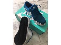 Nike SB blue, uk size 4