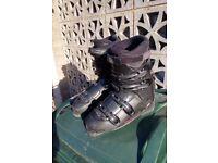 Nordica T3.1 Ski Boots Size 10.5 / Euro 44