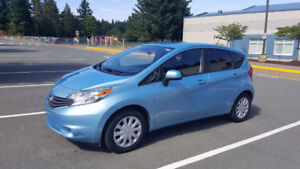 2014 Nissan Versa Note SV Hatchback- LOW KM **VERY REDUCED**