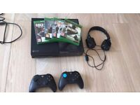 Xbox one bundle 2 controllers headset and 4 games