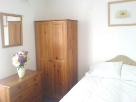 Double Room to Rent £135 Per Week Including Bills HIGH WYCOMBE, BUCKS HP123BN Available Now
