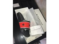 **BRAND NEW - 100% GENUINE** Givenchy star Mens slides/sliders