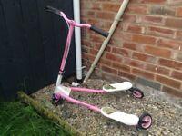 Girls flicker scooter