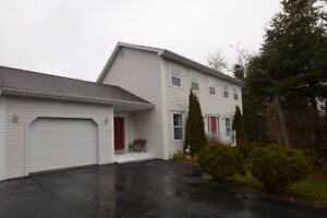 Spacious Two Storey in White Hills