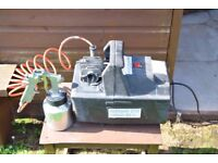 portable compressor and spray gun