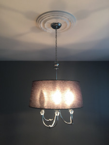 Beautiful Foyer Pendant Chandelier with Crystal Accent