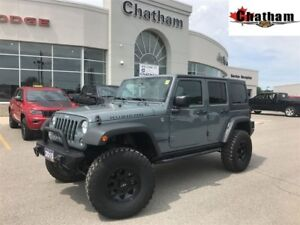 2015 Jeep WRANGLER UNLIMITED Rubicon/ GPS NAV/ SAT RADIO/LOW KMS