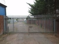 GALVANISED PALISADE GATES