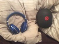 Like new blue WIRELESS bluetooth studio dre beats headphones, like new, quick sale available
