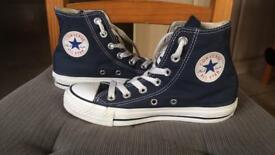 Converse size 3.5 junior