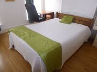 Room to rent in a High Town Road (LU2) , Close to all amenities