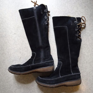 Timberland womens black winter suede boots, full zip