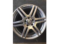 Mercedes Benz 8x18 amg alloy wheel for sale only got one good condition £160 call 07860431401