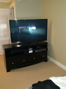 TV and tv table