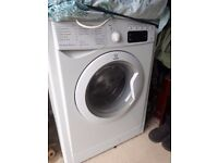 Indesit washing machine. 7kg drum capacity. Excellent condtion