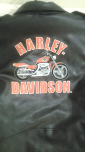 New harley Davidson leather jacket for women size 20 xL $460.00
