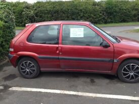 Citroen saxo furio red