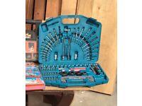 Makita 75 piece piece accessory set
