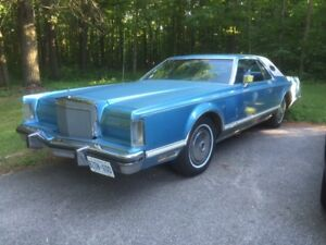 1978 Lincoln Mark V Luxury Coupe (2 door)