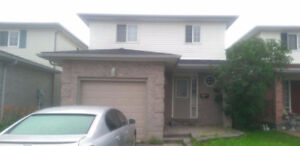 Nice house with 2 available bed rooms for Rent. Included all