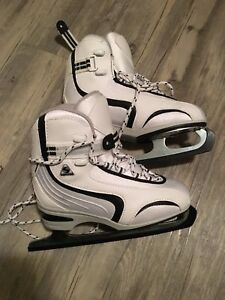 Softec by Jackson Figure Skates