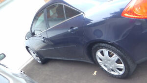 2009 Pontiac G6 4CYL-2.4L Sedan.VERY CLEAN--.LOW KMS-SAFETY DONE