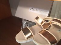 LADIES, CLARKS TRi NOVA IN COPPER COLOUR ,SIZE 4D, EUR 37 GOOD FOR SUMMER IN THE HEAT!!