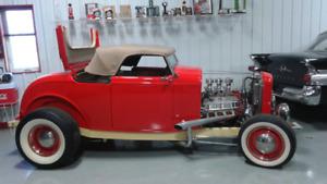 1932 Ford Dearborne Duece