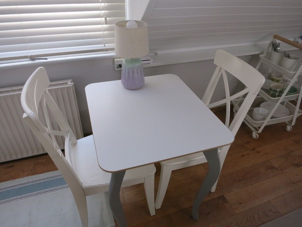 ikea billsta table and two white ingolf chairs in kensington london gumtree. Black Bedroom Furniture Sets. Home Design Ideas