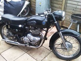 Classic / Vintage AJS 650. Model 31 De-Luxe made in London in 1960