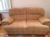 * Cheap 2 seater Sofa in excellent condition, only £30 - call now before it goes *